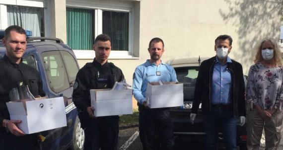 RC Lunéville : Sur tous les fronts - Masques à la Gendarmerie