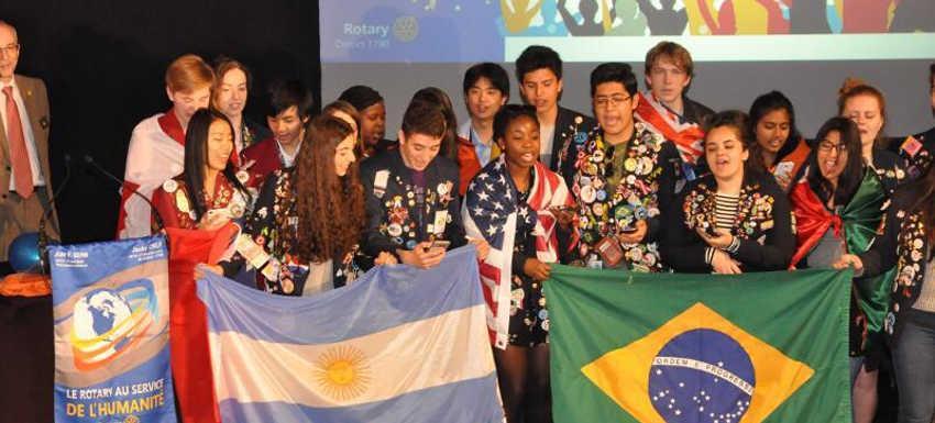 Conférence de District, Présention des echanges de jeunes