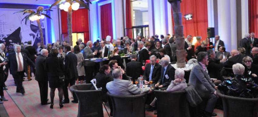 Une Conférence de District, Moment d'échange entre rotariens