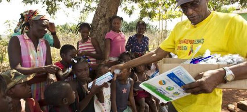 Action Humanitaire au Rotary - Au plus prêt de la population