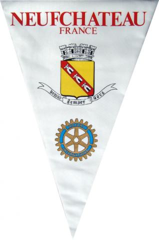 Fanion du Rotary Club de Neufchateau